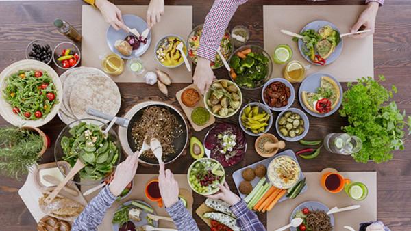 Vego - näringslära för vegetarianer, veganer ...