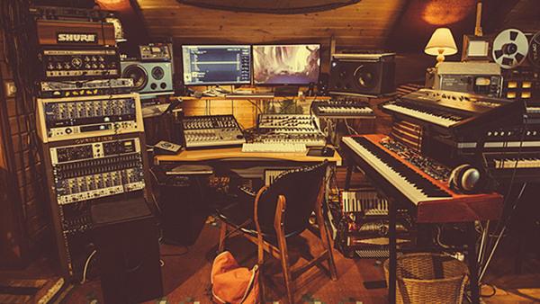 Musikproduktion i professionell studio
