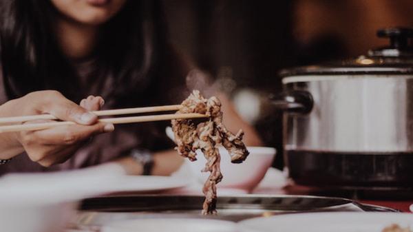 Vår framtida mat - får det lov att vara en syrsa?