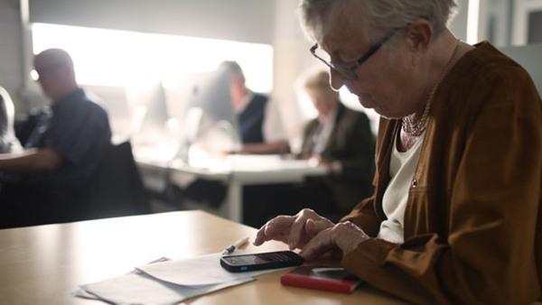 Android smartphone/surfplatta för seniorer