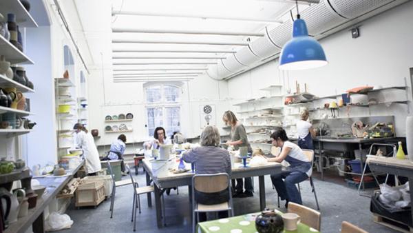 Gjuta keramik - grundkurs  i Solna