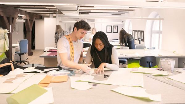 Modedesign, grundutbildning, dag