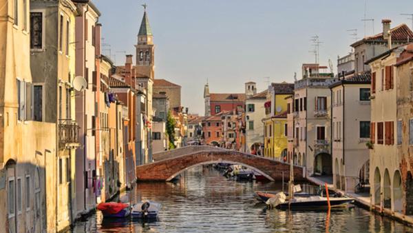 Italienska föreläsning - Italiens dialekter