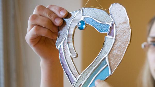 Glasfusing Smycken med tema Påsk