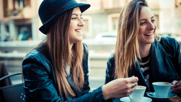 Var femte tonåring säger att de någon gång blivit utsatt för bildstöld, visar en.