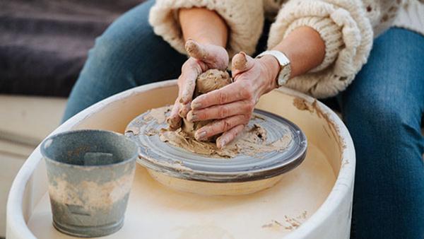 Drejning, lerteknik och glasering Helg