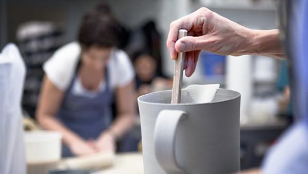 Keramik, onsdag kväll - i Solna