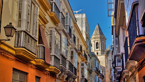 Allmän + individuell spanska i Cádiz
