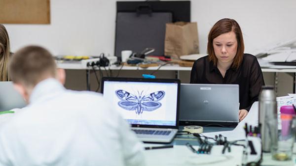 Diplomerad grafisk designer Nyhet