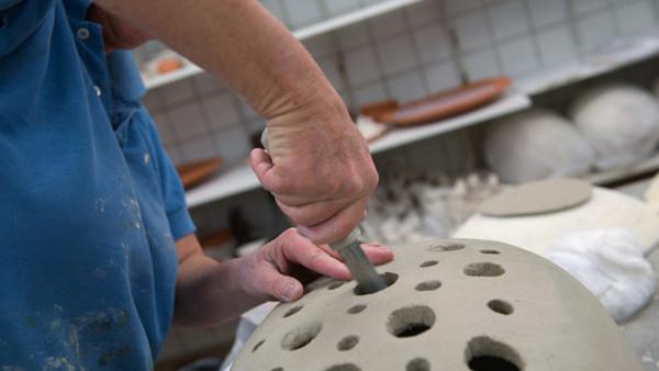 Keramik för seniorer - Kavla ditt eget fat