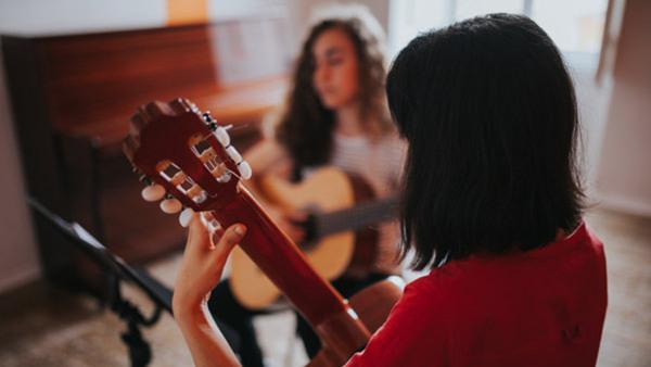 Akustisk gitarr för 8-12-åringar