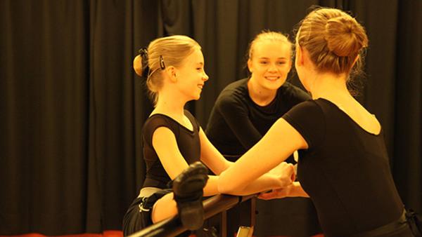 Balett, jazzdans och modern dans 13-15 år